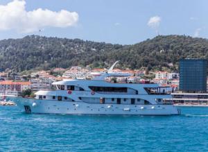 MV Moonlight Croatia Cruise Ship