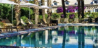 Hotel Lemongarden pool area