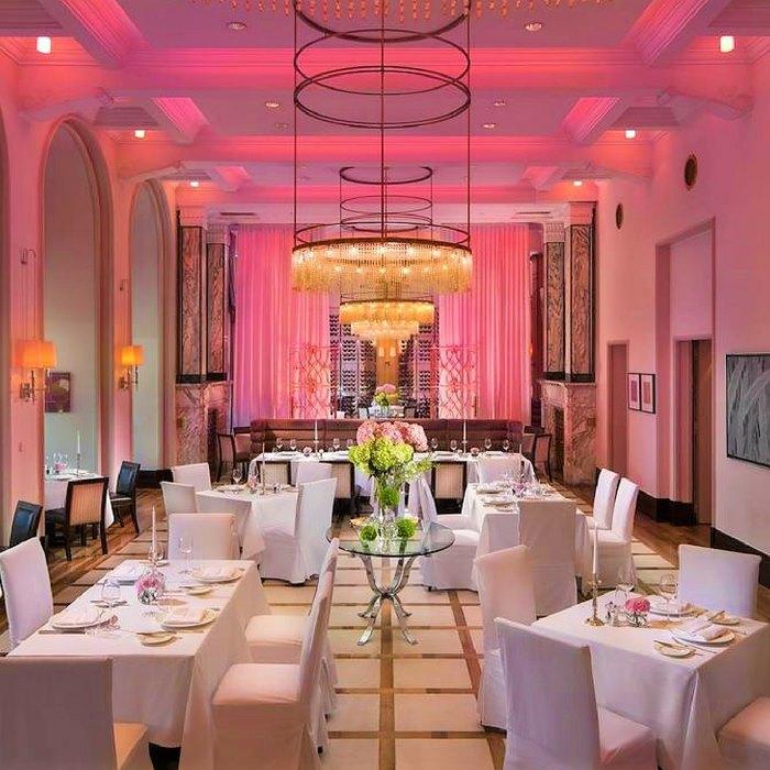 Hotel Esplanade Zagreb, Zagreb themed restaurant