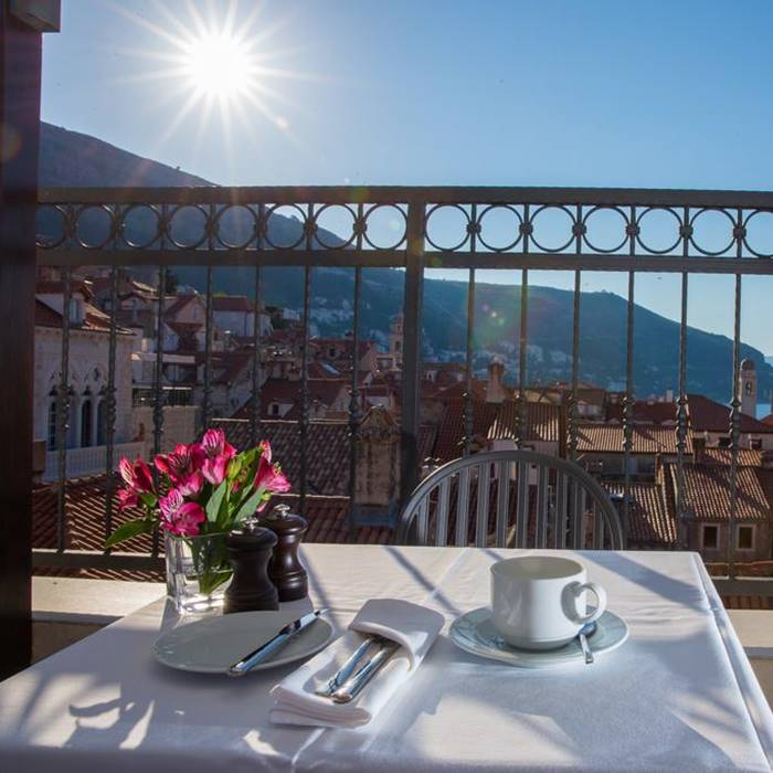 Hotel Stari Grad, Dubrovnik coffee with a view of old town