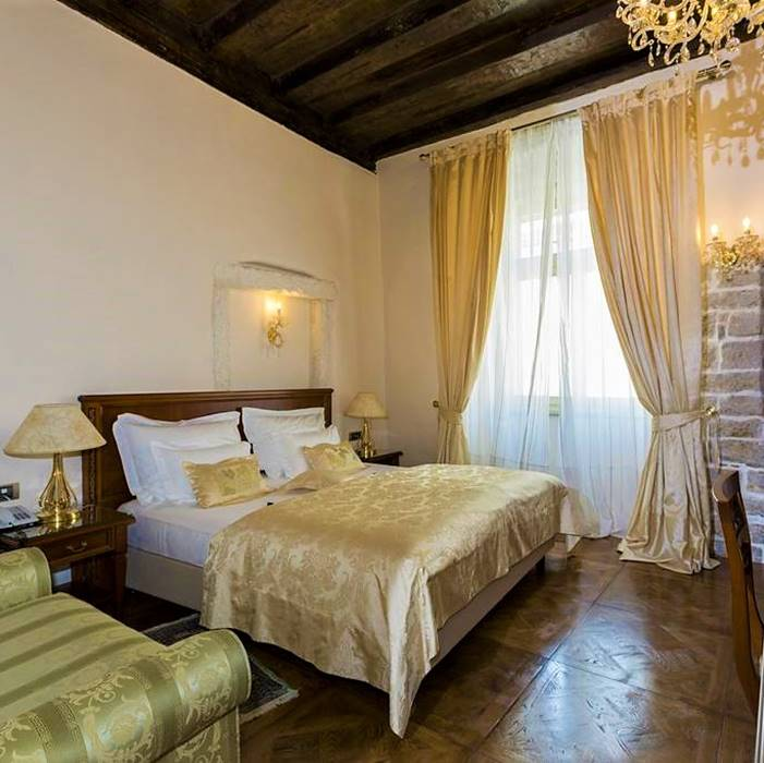 Palace Judita Heritage, Split doube bed city view room
