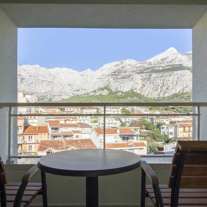 Hotel Park, Makarska big window view of old town