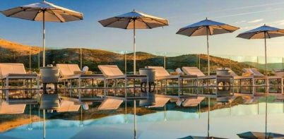 Hotel Brown Beach pool
