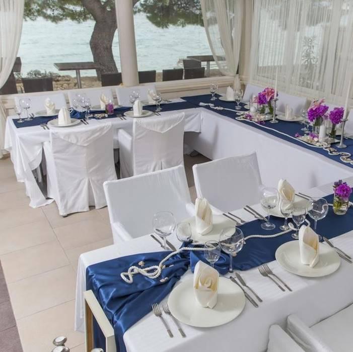 Villa Andrea, Tucepi weeding themed dining table