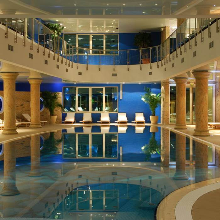 Hotel Splendid, Becici luxury specious indoor pool with relaxation beds