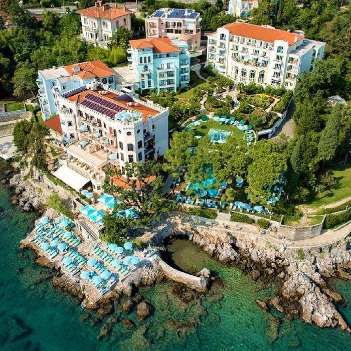 Hotel Miramar aerial