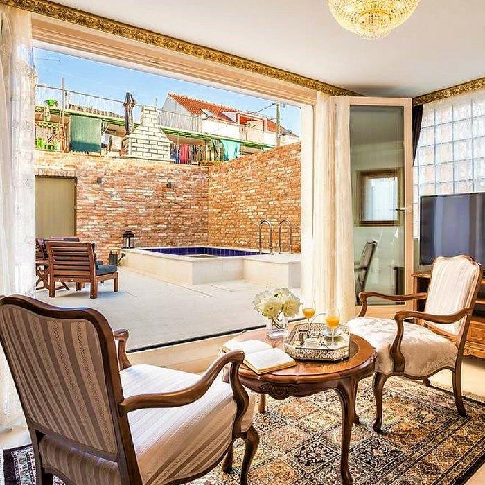 Splendida Palace Hotel, Split seating indoors area