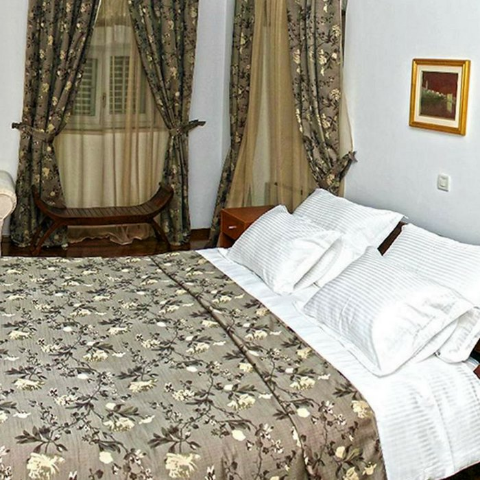 Heritage Villa Apolo, Stari Grad double bed