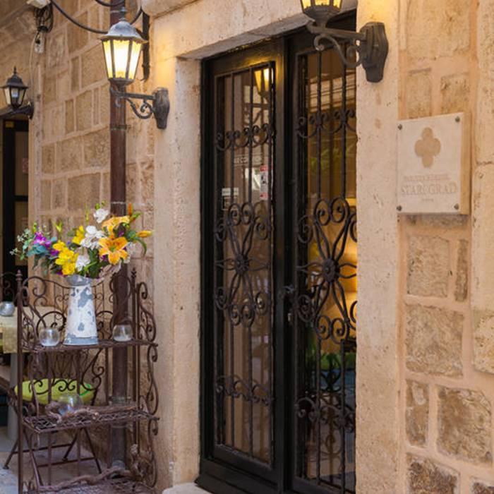 Hotel Stari Grad, Dubrovnik hotel entrance