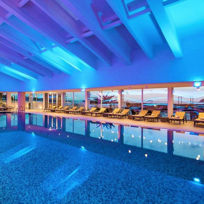 Valamar Dubrovnik President indoor pool and spa