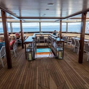 MS Desire deck