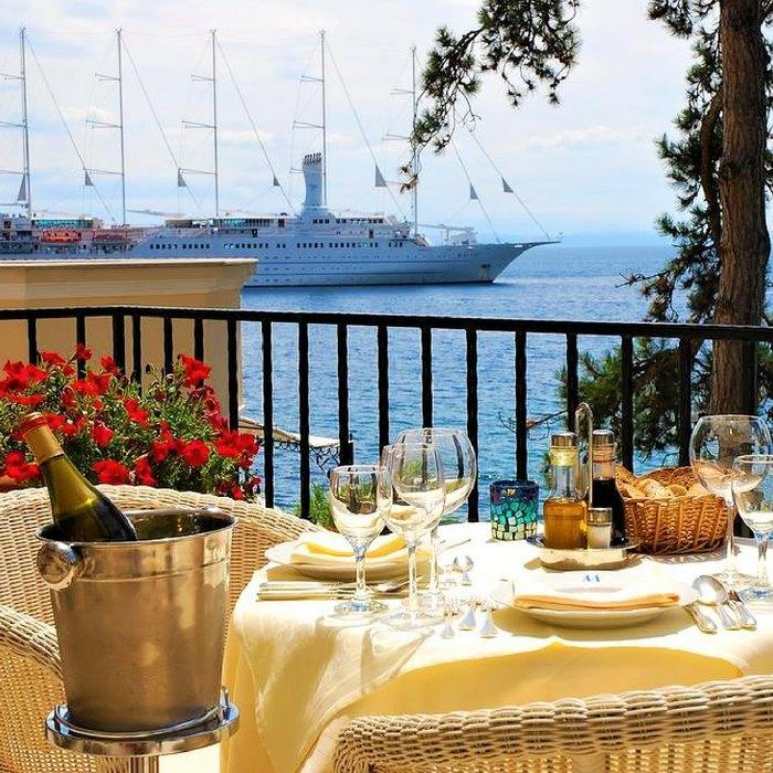 Hotel Miramar terrace
