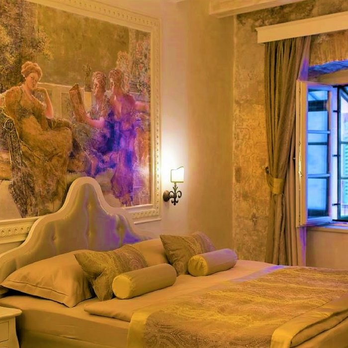 Heritage Hotel Life, Sibenik double bed bedroom with city view