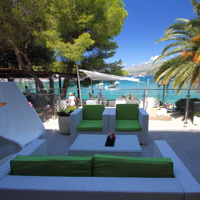 Hote Cavtat, Cavtat outdoor lounge area near the sea