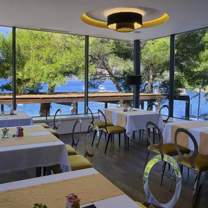 Hote Cavtat, Cavtat outdoor dining facilities