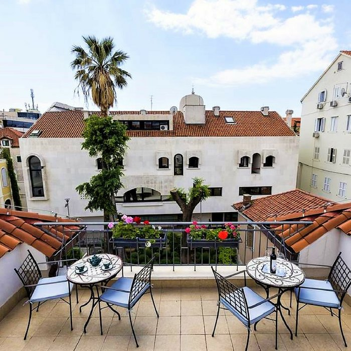 Hotel Marul, Split rooftop cafe with city view