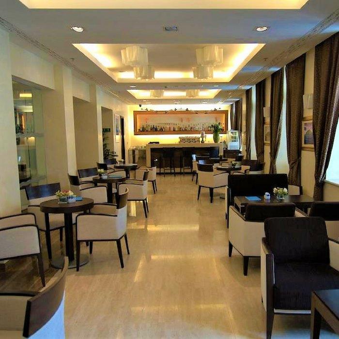 hotel lapad, dubrovnik dining area
