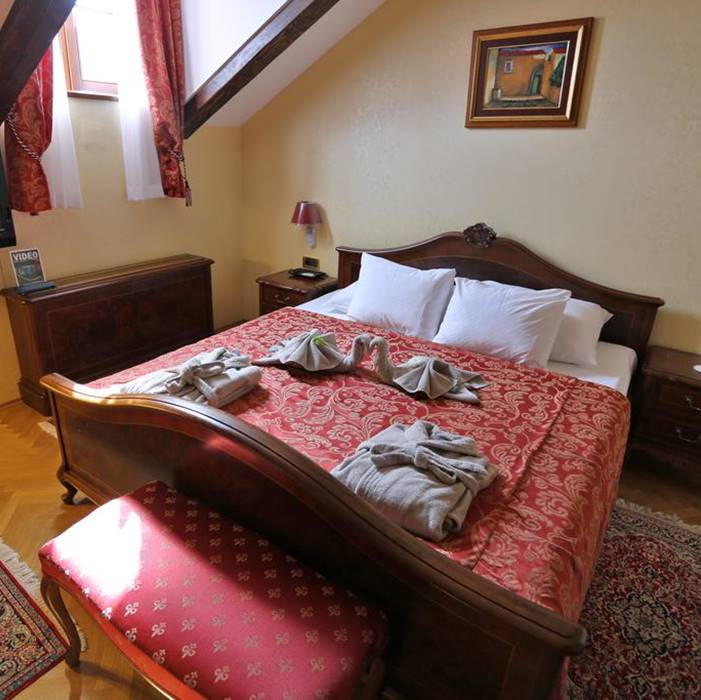 Hotel Kazbek, Lapad double bed bedroom
