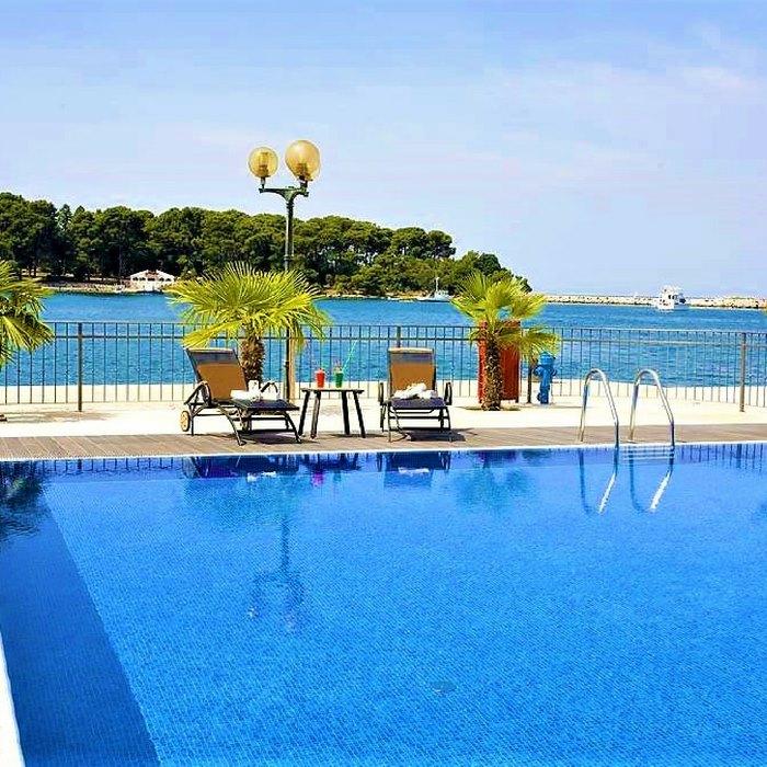 Grand Hotel Palazzo pool