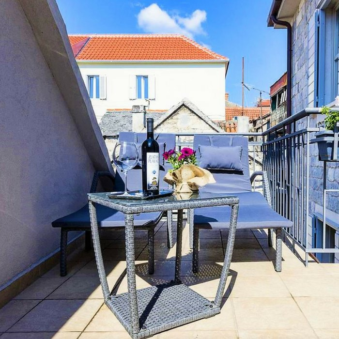 Hotel Marul, Split rooftop lounge