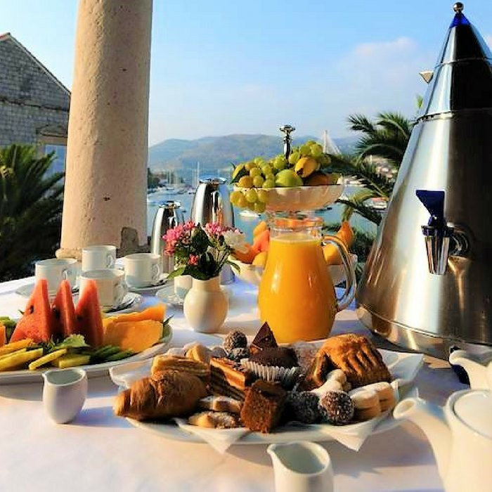 hotel lapad, dubrovnik breakfast