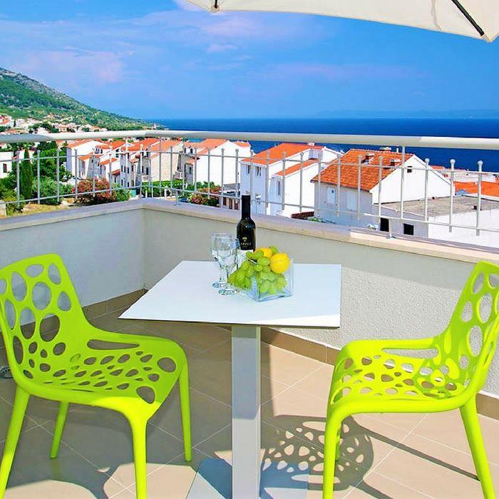 Hotel Bol balcony