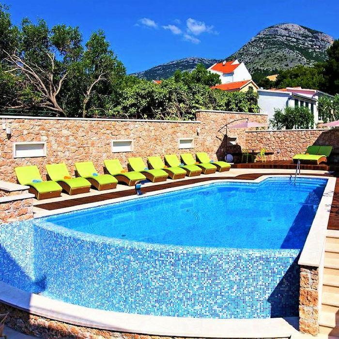 Hotel Bol pool