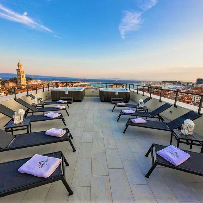 Hotel Cornaro, Split rooftop sunbathing and lounge facilities