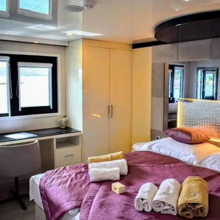 MV Ave Maria cabin