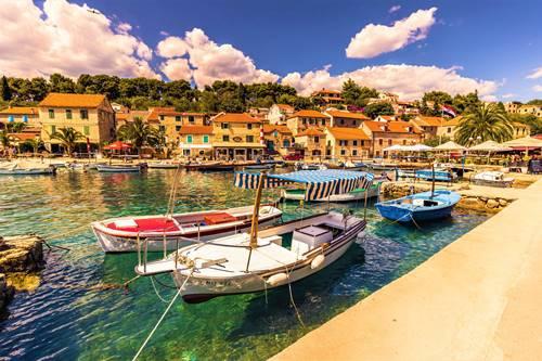 Solta small boats