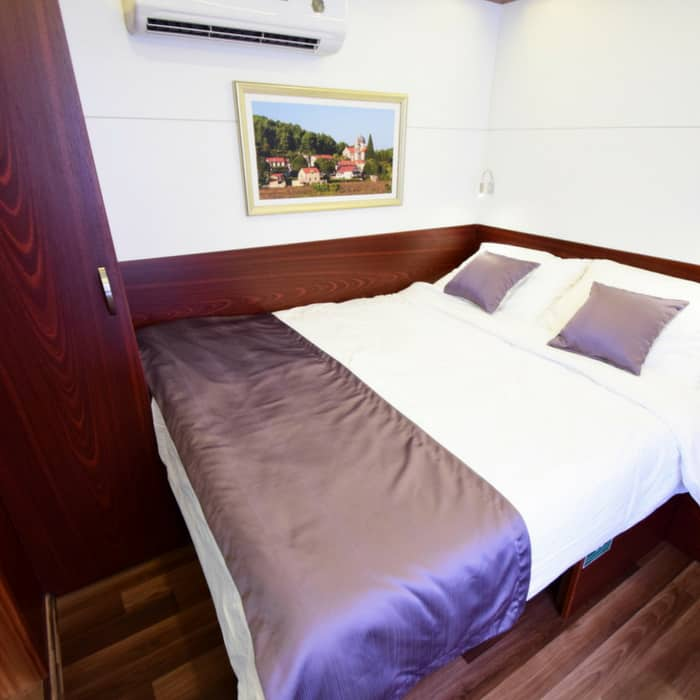 MS Equator cabin