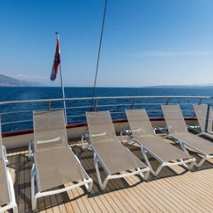 MS Paradis sun deck