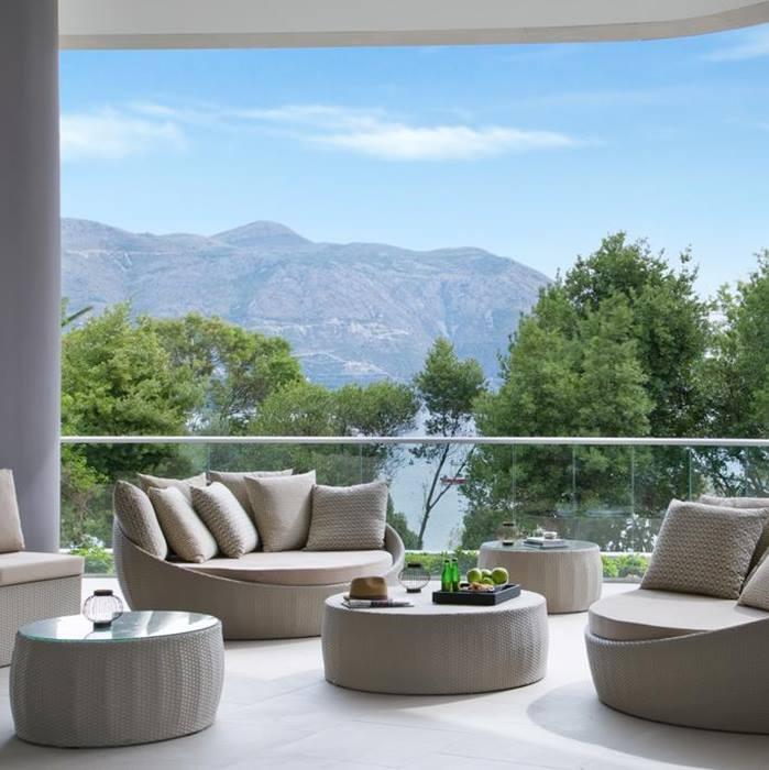 Hotel Sheraton, Dubrovnik balcony lounge area