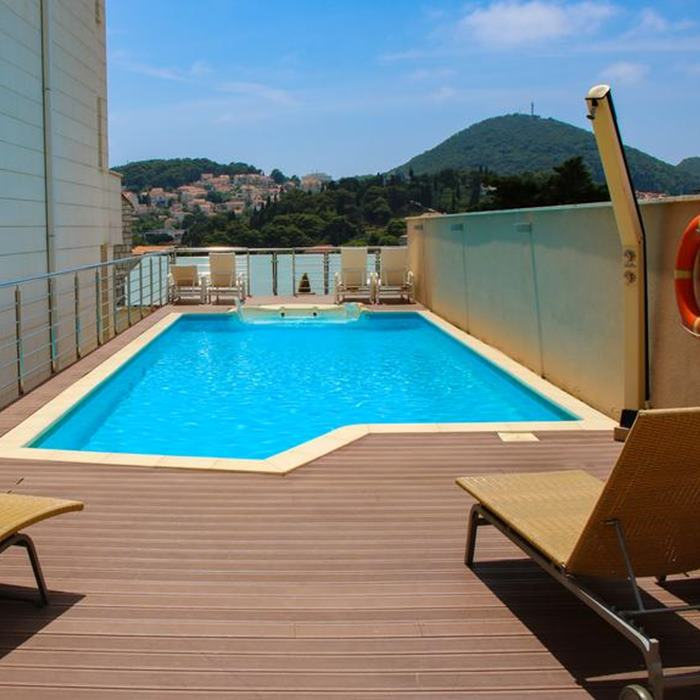 Brekeley Hotel, Dubrovnik rooftop outdoor pool and lounge