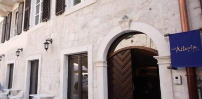 Boutique Hotel Astoria, Kotor entrance to hotel