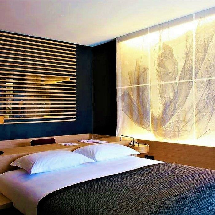 Hotel Lone room
