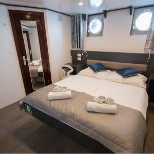 MS Lupus Mare cabin