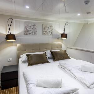 MS Arca cabin