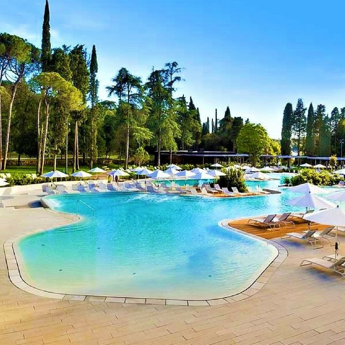 Hotel Lone pool