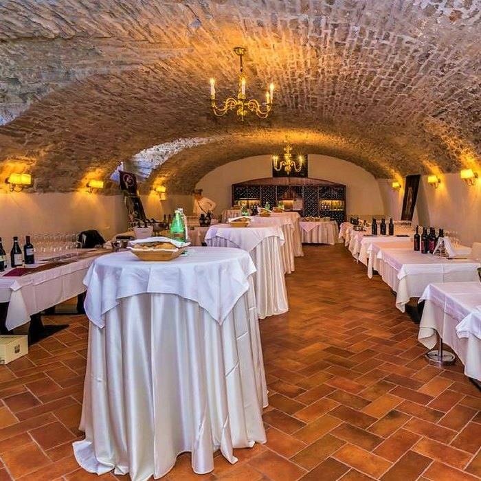 Heritage Martinis Marchi, Solta traditional konoba inspired restaurant
