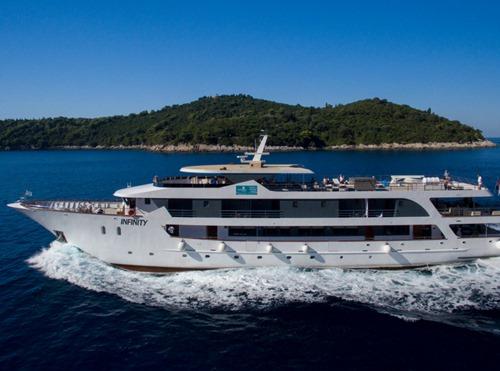 MV Infinity Cruise ship