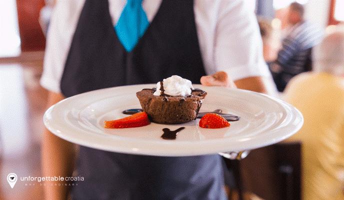 Dessert on a ship