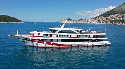 MV Antaris ship