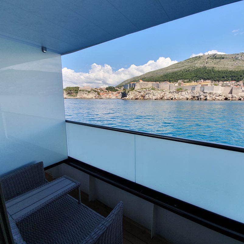 MV Antaris balcony