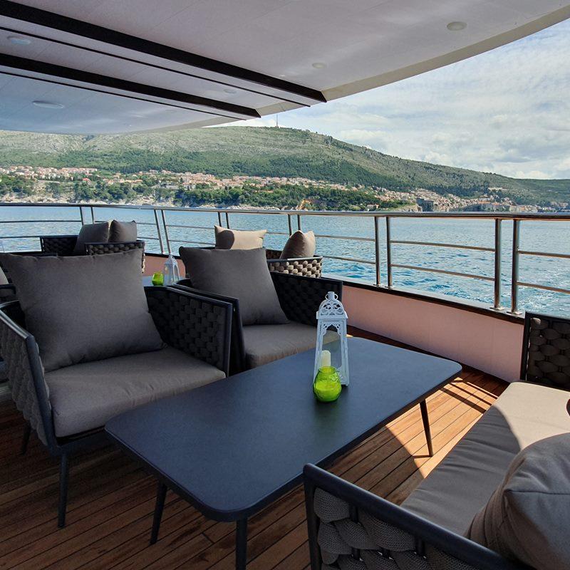 MV Antaris lounge area