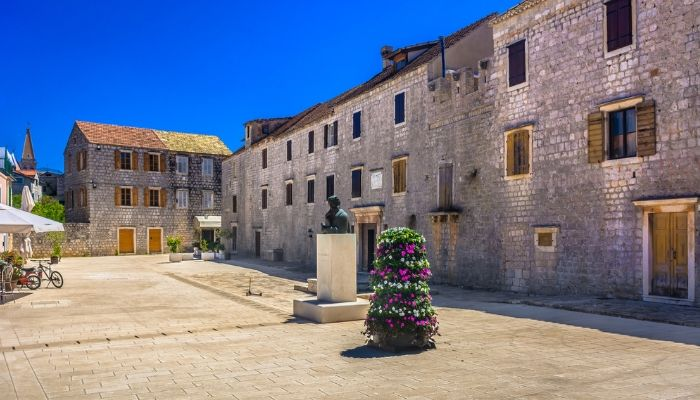 Stari Grad, Unforgettable Croatia