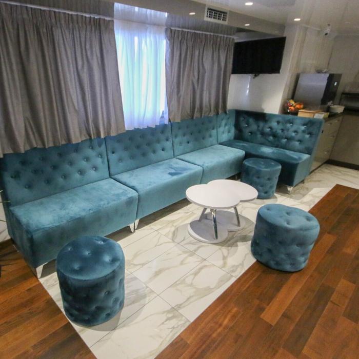 MS Nautilus, indoor lounge area