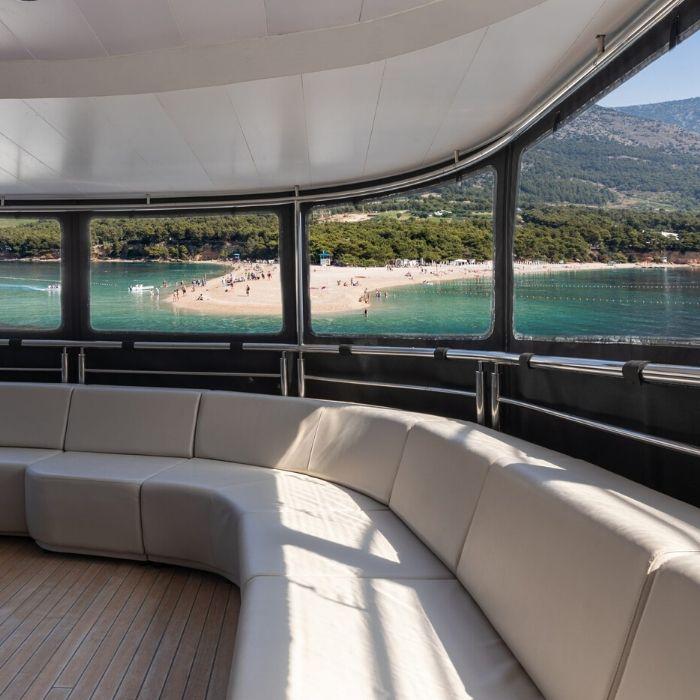 MS Cristal, Lounge