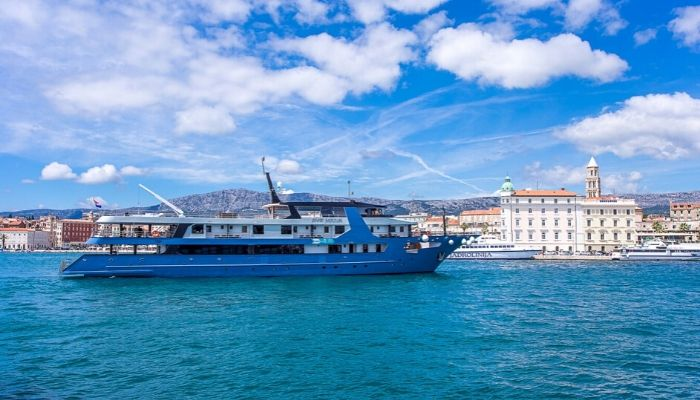 MV Ave Maria in Split