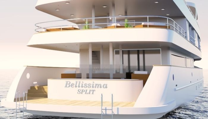 MV Bellissima swimming deck